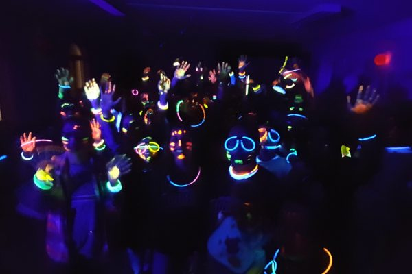 glow-games